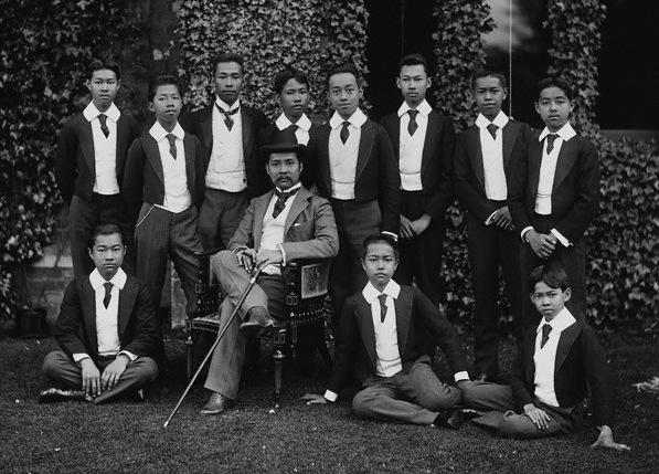 Chulalongkorn_and_Princes.jpg