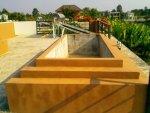 Pflanzenkübel und Solaranlage.jpg